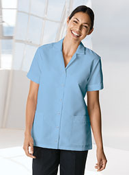 ARAMARK women's snap-front short-sleeve smock
